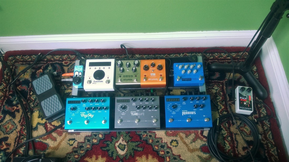 Picture of Drew Breder 2014 Effects Pedal Board